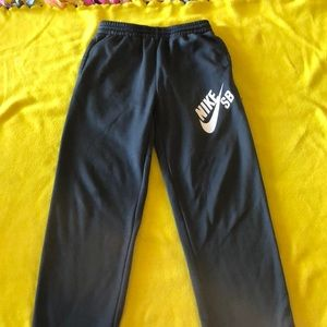 Boys Nike Athletic Pants